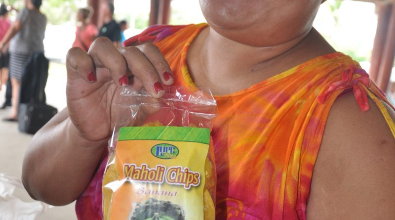 Lupe Niue-brand Maholi banana chips: From plastic bags to proper packaging with labels